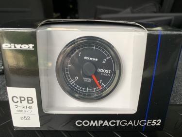 ブースト計Pivot CompactGAUGE52を装着